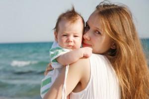 Закаливание малыша летом укрепит его иммунитет