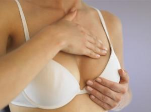 Боль в молочной железе может возникнуть в любой момент