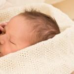 Грудное вскармливание - одна из мер профилактики диатеза у грудничка