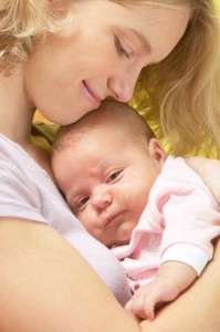 Лечить от дисбактериоза необходимо одновременно и маму и малыша