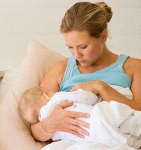 Не торопитесь отучать малыша от грудного вскармливания